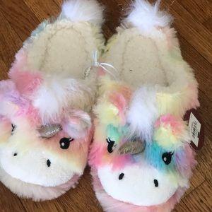 Unicorn slippers never worn tags still on